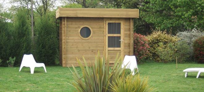 Construction en bois et abris de jardin gamme design - Houten chalet leroy merlin ...