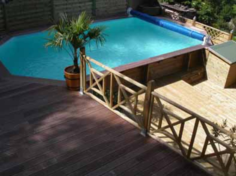 Fabricant de piscines achat de kit de piscine en bois for Piscine hors sol wood grain