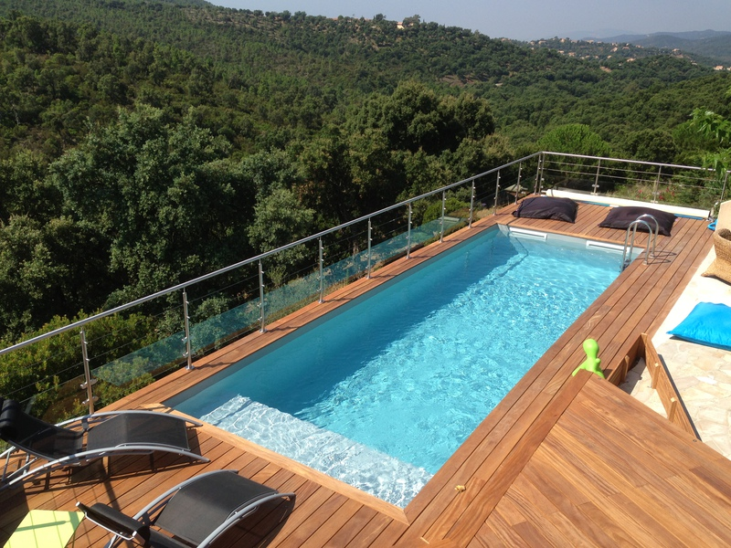 Fabrication terrasse bois piscine hors sol for Piscines enterrees