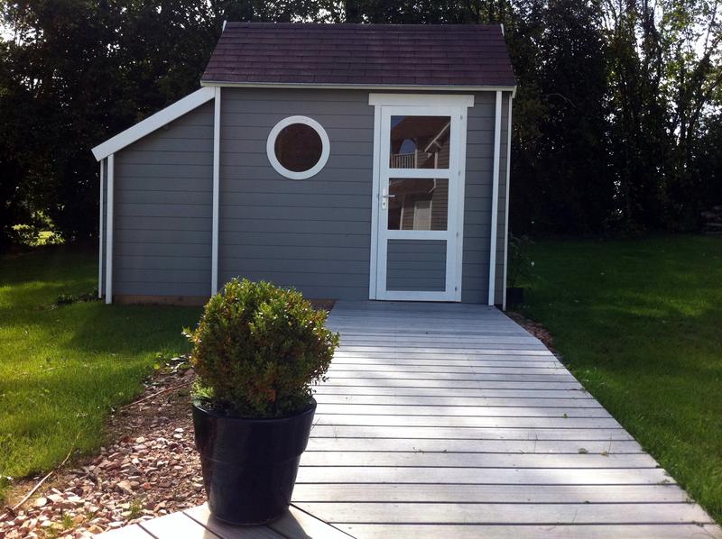 Abri de jardin cabine de plage maison design - Cabine de plage en bois pour jardin ...