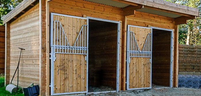 Les BOXES CHEVAUX - Porte de box chevaux